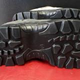 bocanci adidasi semighete Grisport pentru munte vânătoare sau alte activitati