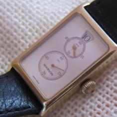 Vand ceas din aur masiv, marca Marvin!