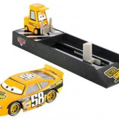 Masinuta Cars Pit Crew Launchers Octain Gain No. 58 - Masinuta electrica copii Mattel