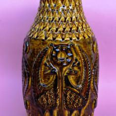 SUPERBA VAZA INALTA, LUCRATA IN RELIEF - Vaza sticla