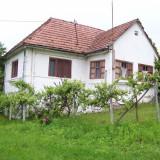 Casa si gradina in comuna Gornesti sat Teleac,situata la 20 km de Targu Mures.