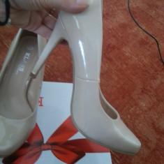 Pantofi dama - Pantofi Klass Nude