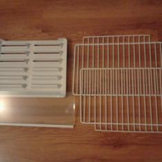 Rafturi metalice, de sticla, tava scurgere apa pt frigider, congelator