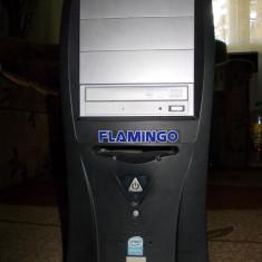 CAlculator Flamingo - Sisteme desktop cu monitor HP