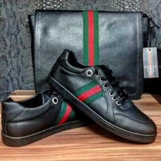Adidasi/sneakers/tenesi Gucci model NOIEMBRIE 2016 piele Made in Italy - Adidasi barbati Gucci, Marime: 40, Culoare: Negru, Piele naturala