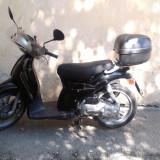 Scuter Aprilia Scarabeo 49cc 2T