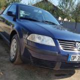 Volkswagen Passat - Autoturism Volkswagen, An Fabricatie: 2002, Motorina/Diesel, 210000 km, 1985 cmc