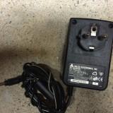 Alimentator DELTA 24 volti - 1, 5 amperi