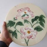 Farfurie din majolica cu diametrul de 33 cm, din sec.XIX. - Arta Ceramica