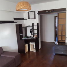 Apartament 3 camere ultra central - Apartament de vanzare, 52 mp, Numar camere: 3, An constructie: 1990, Etajul 3