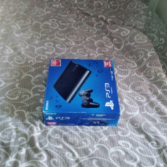 PlayStation 3 Sony cu 3 jocuri si o tastatura gaming gratis